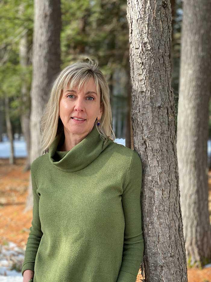 Lisa Leary head shot